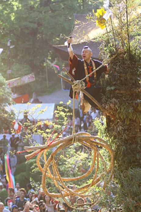甲州市 大善寺1国宝本堂藤切り祭